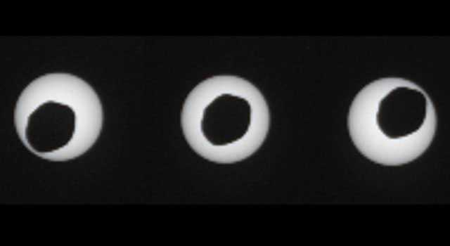 Annular Eclipse of the Sun by Phobos, as Seen by Curiosity