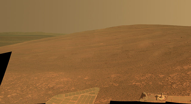 'Murray Ridge' on Rim of Endeavour Crater on Mars