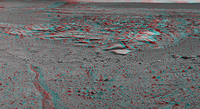 Curiosity's View From Arrival Point at 'The Kimberley' Waypoint (Stereo)