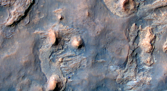 Curiosity and Rover Tracks at 'the Kimberley,' April 2014
