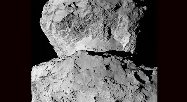 Image of 67P/Churyumov-Gerasimenko shows the diversity of surface structures on the comet's nucleus.