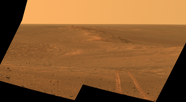 Rover Tracks in Northward View Along West Rim of Endeavour