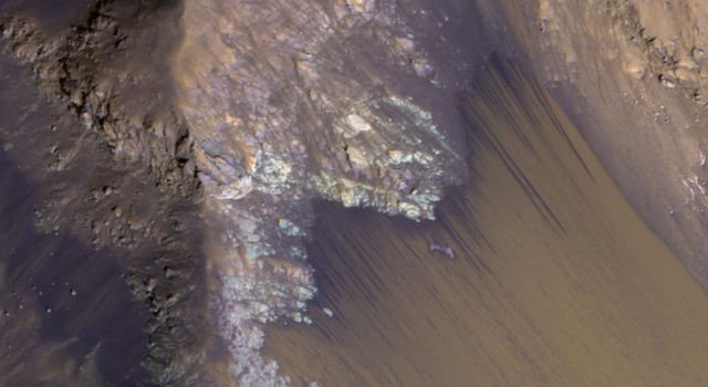 For Anniversary of Orbiter's Launch: Seasonal Flows in Mars' Valles Marineris