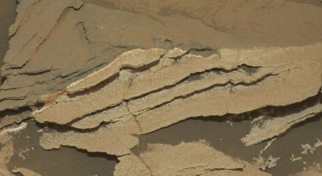 Detail of Discoloration Pattern Seen by Curiosity