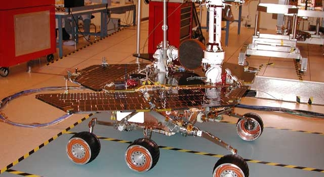Mars Exploration Rover 2 in JPL's Spacecraft Assembly Facility
