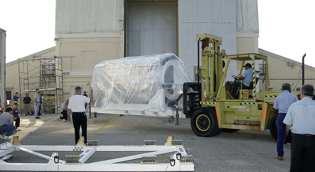 Space Infrared Telescope Facility Arrives at KSC