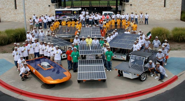 contestants and their solar-powered cars
