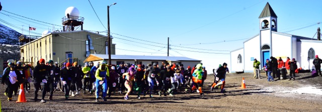 Start line of the Turkey Trot 5k