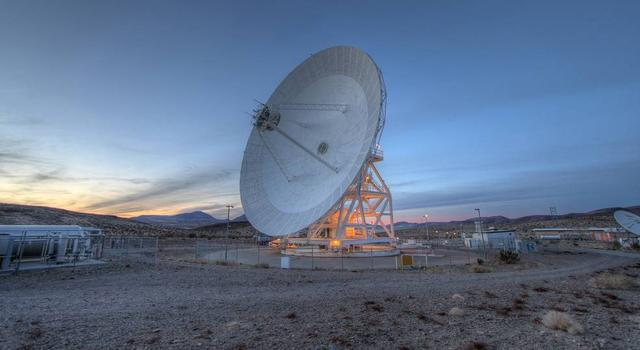 A DSN Antenna in Goldstone, California