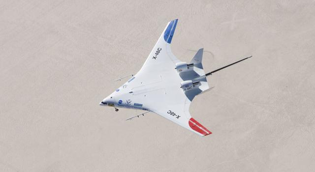 X-48C Hybrid Wing Body in flight