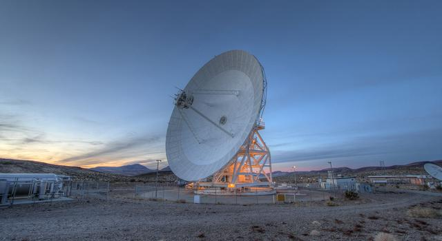 A deep space antenna at the Goldstone Complex in California