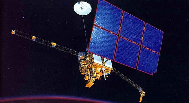 Illustration of the Mars Observer spacecraft orbiting Mars