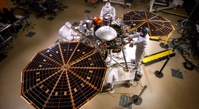 Insight spacecraft in the clean room
