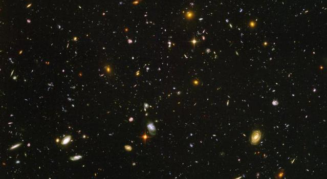 Distant Galaxies in the Universe